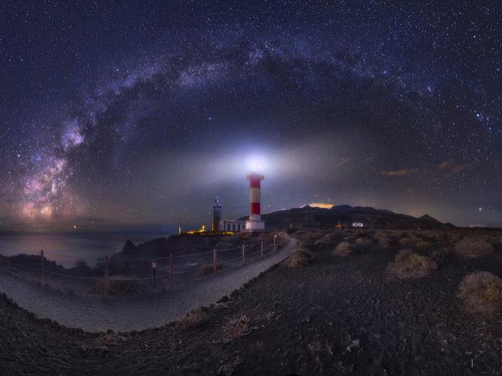 Sterne über der Vulkaninsel